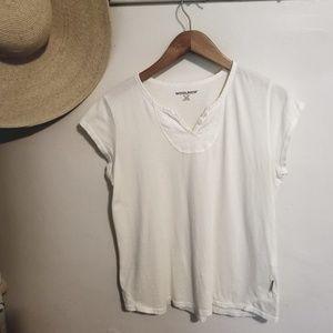 Woolrich Women's White Tee 100% Cotton Petite L